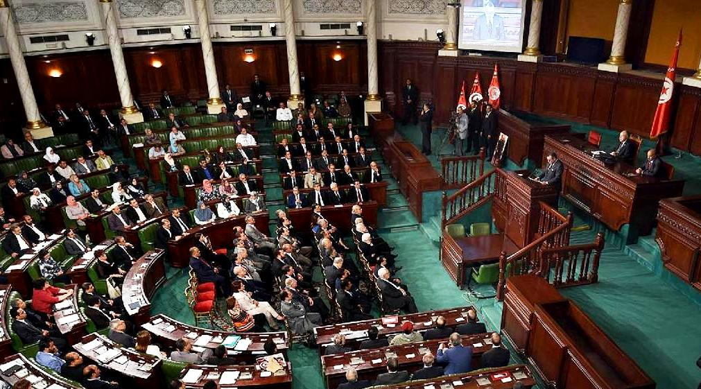 Morocco's King Mohammed VI delivered remarks on Saturday to Tunisia's  national constituent assembly.  Yesterday, the King presided with Tunisia's President over the signing of 23 bilateral agreements on economic, social, and security cooperationo that will also advance prospects for Maghreb integration.  Photo: AFP