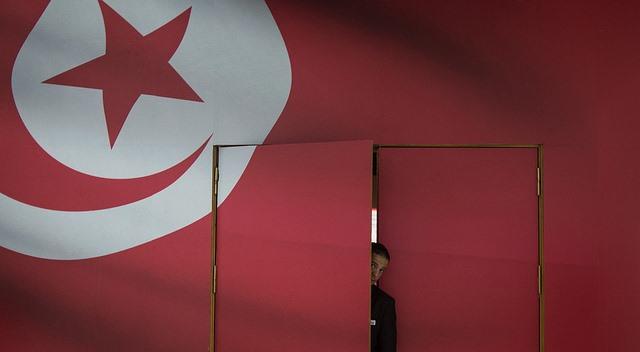Tunisian Guard. Photo:  Chaoyue 超越 PAN 潘