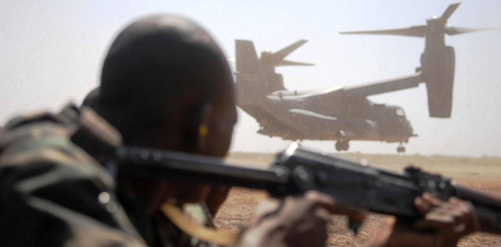 A Malian soldier participates in the Flintlock joint-training exercise. Magharebia, Photo: US Air Force