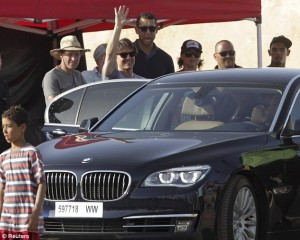 Tom Cruise was given a warm reception as he arrived to the set of Mission: Impossible 5 for filming in Rabat, Morocco. Photo: Reuters