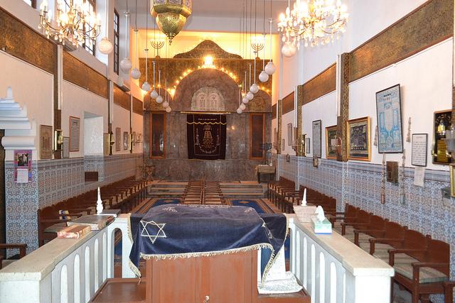 Bima of the Lezama Synagogue in Marrakech's Mellah. Photo by Alan Cordova.
