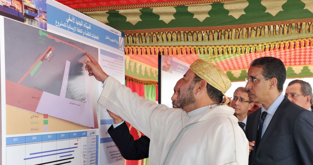King Mohammed VI reviews a development project. Photo: MAP